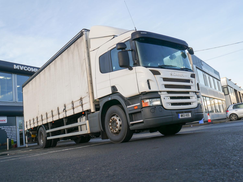 18 Tonne Scania P230 Curtainsider Truck For Sale MK11HXX